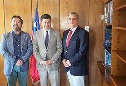Salmonicultores de Magallanes se reúnen con Subsecretario de Pesca y Acuicultura