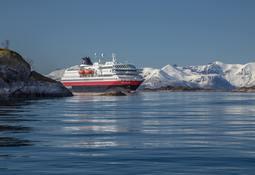 Kystruten mister 14 millioner  til Hurtigruten