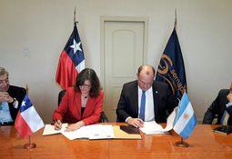 Firman acuerdo para facilitar comercio bilateral acuícola entre Chile y Argentina