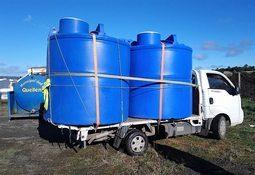 Queilén: Empresas socias de Salmonchile donan estanques de agua para paliar crisis hídrica