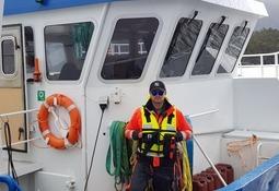 Elskar å vera om bord på båt i ruskevêr
