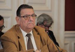 Senadores valoran que nueva ley adicione 200 funcionarios a Sernapesca