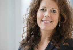 Trine Sæther Romuld ansatt som COO & CFO i SalMar