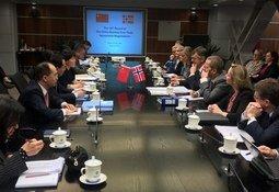 Nye forhandlinger med Kina
