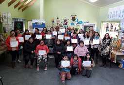 Camanchaca imparte talleres a comunidad indígena Antilko