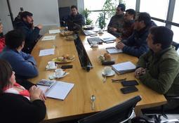 Salmonicultoras constituyen mesa para estándar de buceo seguro