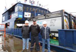 Así opera la mayor barcaza chilena para baños con peróxido de hidrógeno