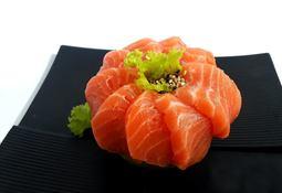Desarrollan prometedora técnica para preservar el sashimi de salmón