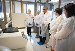 Autorizan a primer laboratorio universitario de Los Lagos para análisis de Coronavirus