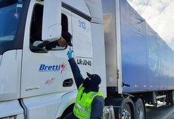 Transportistas de salmón en Chiloé solicitan pista exclusiva para camiones