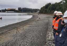 Autoridad ambiental investiga causas de escape de peces desde centro de acopio