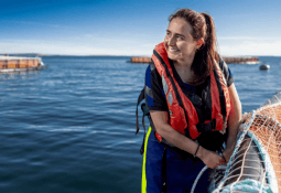 Escocia establece récord de cosecha de salmón superior a 200.000 toneladas