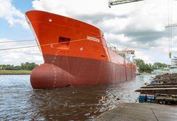 - Skipene i Nord-Norge ruten vil bli flagget i Norge, lover Kystverket