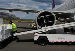 SKY incrementa vuelos privados para trabajadores del salmón en Magallanes