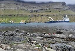 Lengste sjøkabel til oppdrettsanlegg på Færøyene