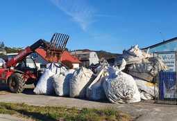 El trabajo de Salmones Austral para impulsar reciclaje y gestión de residuos en Quinchao