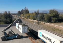 Maersk comenzará a transportar salmón mediante trenes de Los Lagos al Biobío
