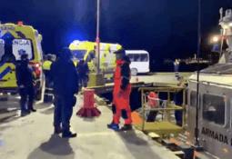 Autoridad Marítima activa operativo por varamiento de nave salmonicultora