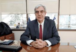 Nuevo director de Sernapesca revela fortalecimiento de fiscalización a salmonicultura
