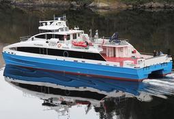 Kombibåten «Hollendaren» er klar for ferden mot nord