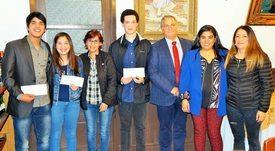Nova Austral beca a cinco alumnos de Porvenir