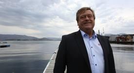 Noruega firma acuerdo con China para incrementar comercio de salmón