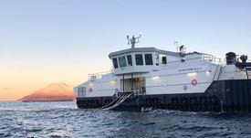 AKVA cierra su mayor acuerdo para barco de alimento de salmón