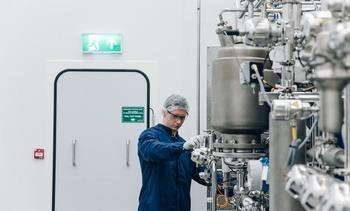 - Benchmark størst i verden på akva-bioteknologi