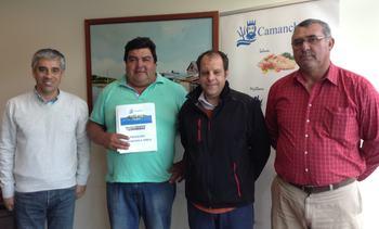 Camanchaca entregó implementos acuícolas a club deportivo Rauco Unido
