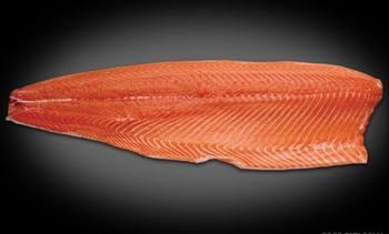 Aumenta precio del salmón noruego