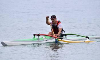 Ejecutivo del área salmonicultora participará en Campeonato Mundial de canoa polinésica