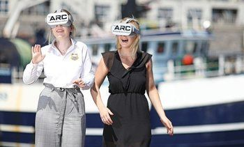 VR headsets allow students to dive into aquaculture