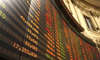 Corredoras de Bolsa vuelven a mirar a las salmonicultoras