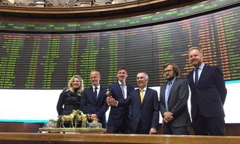 Bolsas de Santiago y Oslo firman acuerdo para facilitar listado de salmonicultoras