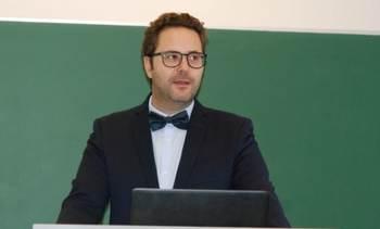 SRS: Investigador de Cermaq defiende su doctorado en bacterias intracelulares