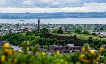 Chilenos participan de relevante conferencia de salmónidos en Escocia