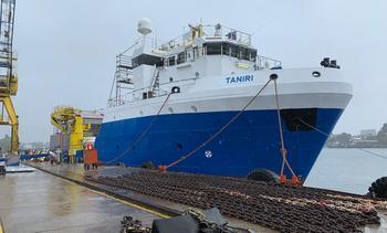 Termina construcción de barco de cosecha más grande para el salmón chileno
