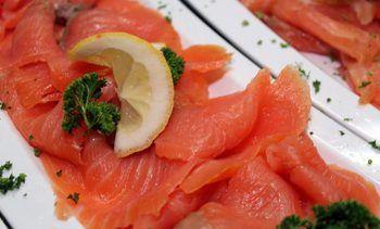 Lotes de salmón con Listeria llevan más de 60 días en el mercado