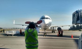 Aeropuerto Carriel Sur apuesta por transformarse en plataforma de exportación