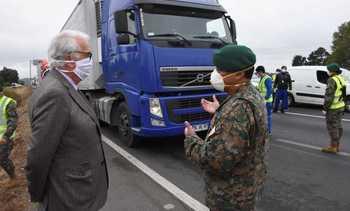 Buscan reforzar controles para conductores de cargas acuícolas dentro de Chiloé