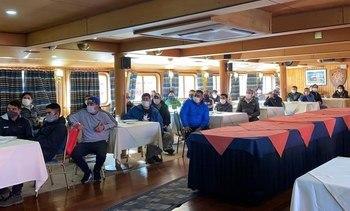 Mowi realizará nuevos cambios de turno vía marítima directa en centros de Aysén