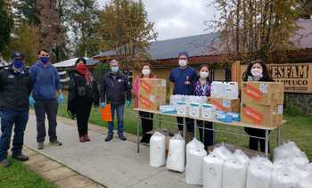 Araucanía: Salmonicultores donan elementos de protección a funcionarios de salud