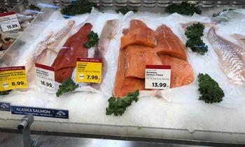Diferencia de precios entre salmón chileno y noruego es la mayor en 15 años