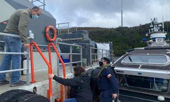 Fiscalizan centro de salmón en Magallanes para controlar avance de Covid-19