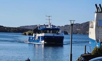 Ny arbeidsbåt frå Moen Marin: - Ei stor investering for oss i Sulefisk