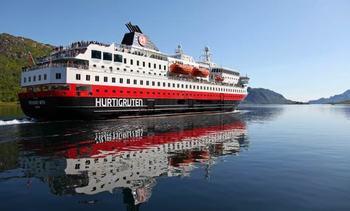Hareide vil åpne for cruise med koronasertifikat