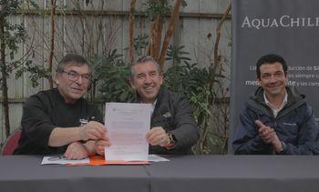 AquaChile y Cámara de Turismo firman relevante acuerdo