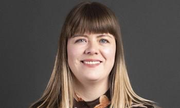Åkerblå styrker sin satsning på Island